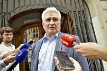 Dosavadní předseda Senátu Milan Štěch