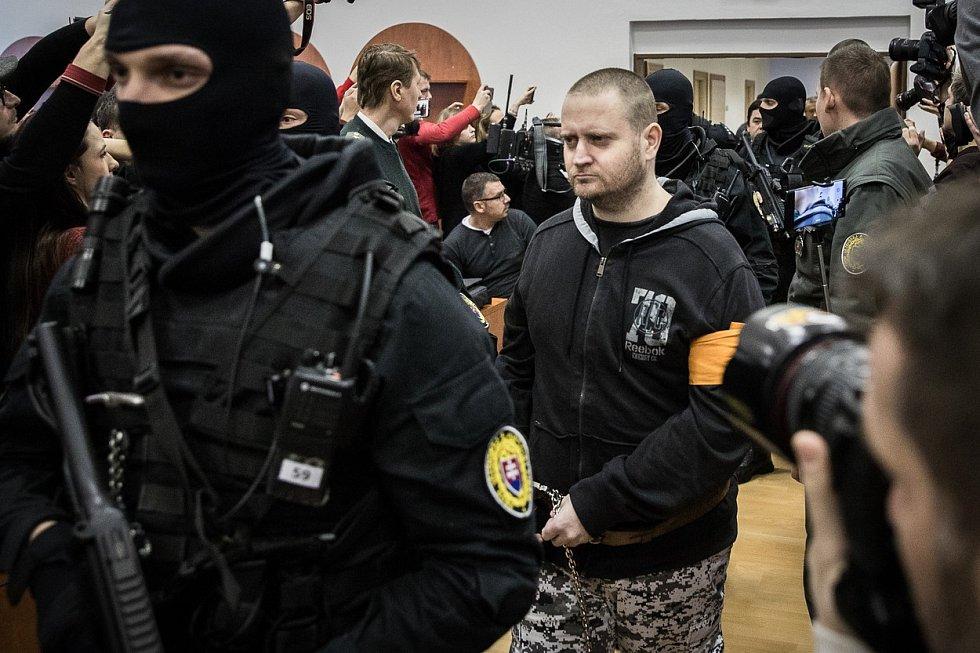 Miroslav Marček před soudem v Pezinku, kde se přiznal k vraždě novináře Jána Kuciaka a jeho přítelkyně Martiny Kušnírové