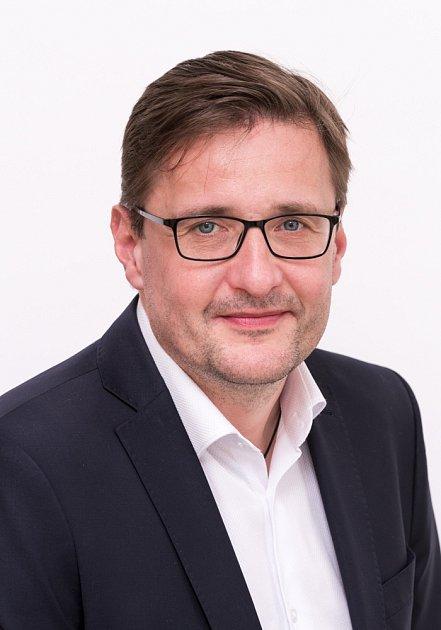 Gymnázium Olomouc - Hejčín díky dotaci zmodernizovalo odborné učebny, laboratoře a kabinety a zajistilo bezbariérový přístup