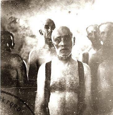 Vězni koncentračního tábora v Chelmnu