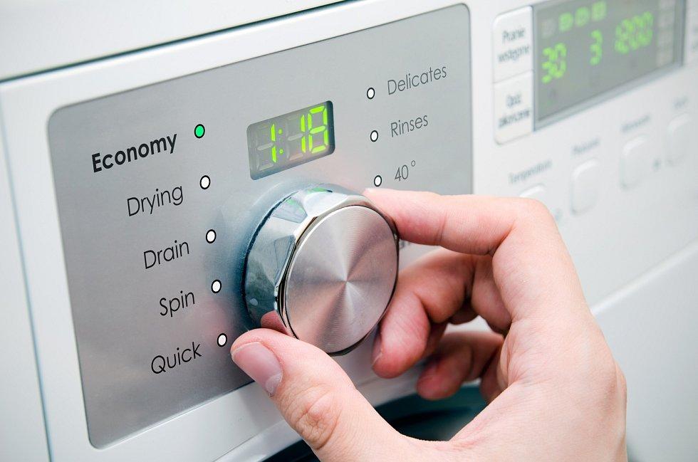 Nová stupnice od A do G se týká lednic, mrazáků, chladniček na víno, myček nádobí, praček, kombinovaných praček se sušičkami a elektronických displejů.