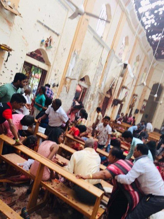 Kostel svatého Šebestiána na Srí Lance po výbuchu