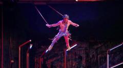 Yann Arnaud během vystoupení Cirque du Soleil