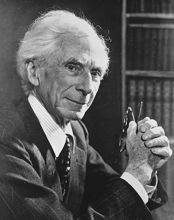 Britský vědec a filozof Bertrand Russell (foto z roku 1957)