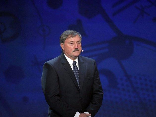 Antonín Panenka při slavnostním losu fotbalového ME 2016.