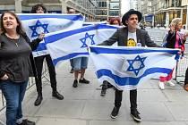 Londýnem prošla demonstrace proti údajnému antisemitismu britských labouristů