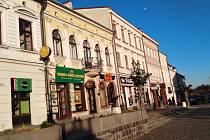 Dnes už ale zase na východě Polska slyšíte ukrajinštinu podobně často, jako v Praze slovenštinu. A místní směnárny tu polské zloté na ukrajinské hřivny mění ve slušném kurzu.