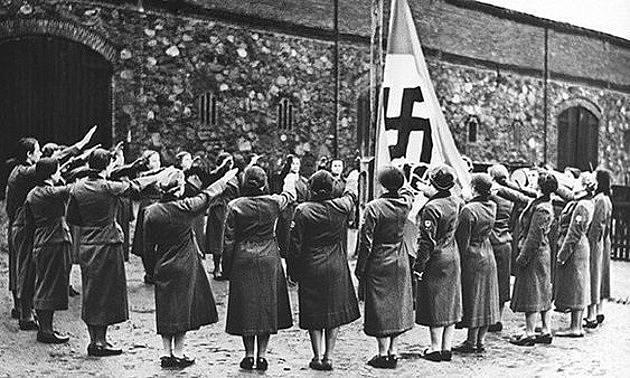 Ženy propadaly stejnému fanatismu jako muži