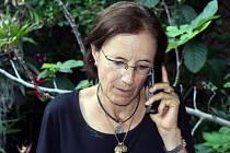 Levicoví povstalci propustili španělskou novinářku, která se před týdnem ztratila na severu Kolumbie, kde psala článek o nelegálním obchodu s drogami.