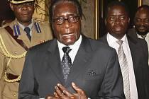 Zimbabwský prezident Robert Mugabe a vedoucí představitel opozice Morgan Tsvangirai se stále nedohodli na obsazení jednotlivých ministerstev.