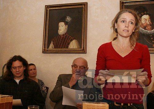 Lucie Trmíková (vlevo).