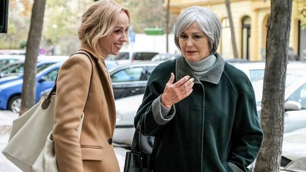 Snímek, který Prima uvede vtelevizní premiéře, vypráví o třech ženách. Potažmo o třech podobách lásky, radosti i bolesti, štěstí i smutku.