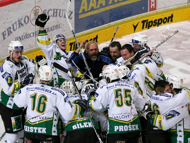 Hokejisté Karlových Varů už vědí, že si zahrají extraligové finále.