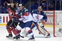 Britští hokejisté v zápase proti Kanadě