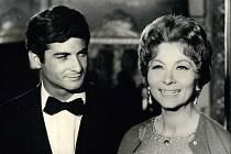 V noci na dnešek ve věku 89 let zemřela francouzská herečka Claude Gensacová, která často zastávala roli filmové partnerky komika Louise de Funèse.