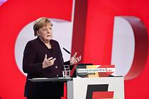 Kancléřka Angela Merkelová na sjezdu Křesťanskodemokratické unie (CDU).
