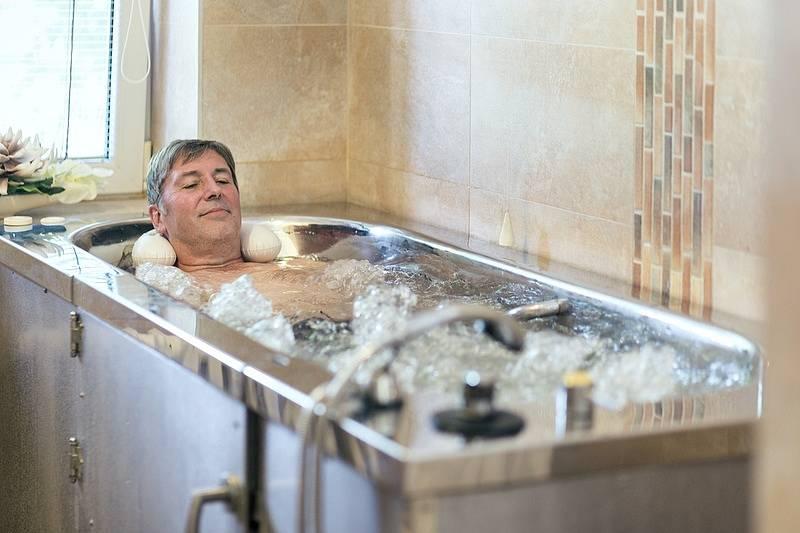 Sirná koupel – Ostrožská Nová Ves