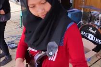 Skupina Voice of Baceprot z Indonésie mezi mladými muslimy rebeluje