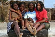 Úřady jedné z oblastí na severu Jihoafrické republiky se rozhodly dávat vysokoškolské stipendium nejlepším studentkám jen za podmínky, že jsou ještě panny. Ilustrační foto.
