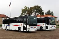 Francouzské vojáky budou vozit autobusy české provenience.