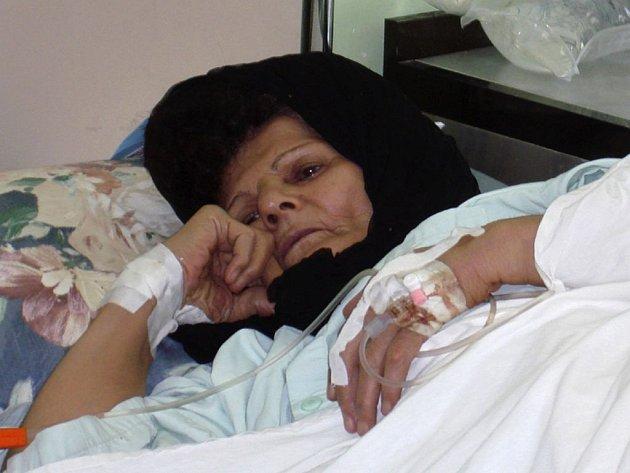 Žena nakažená cholerou v nemocnici Sulaimaniya, 330 km severně od Bagdádu.