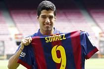 Výrazná posila Barcelony Luis Suárez.