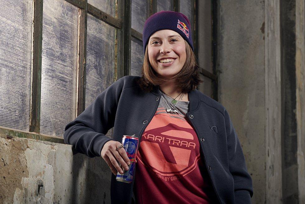 Eva Samková má svou Hero Can (plechovku s vlastní podobiznou).