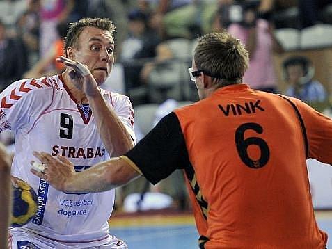 Filip Jícha se proti nizozemské obraně gólově prosadil čtyřikrát.