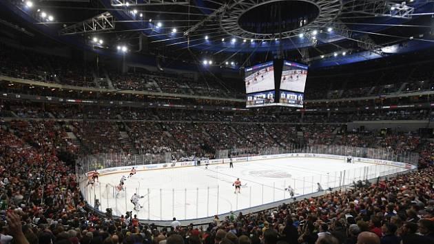Pražská O2 aréna hostila 4. října utkání NHL mezi Philadelphií Flyers a Chicagem Blackhawks