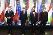 Setkání premiérů V4 (zleva) Igor Matovič ze Slovenska,  Mateusz Morawiecki z Polska, Viktor Orbán z Maďarska a Andrej Babiš z ČR v polském Lublinu.