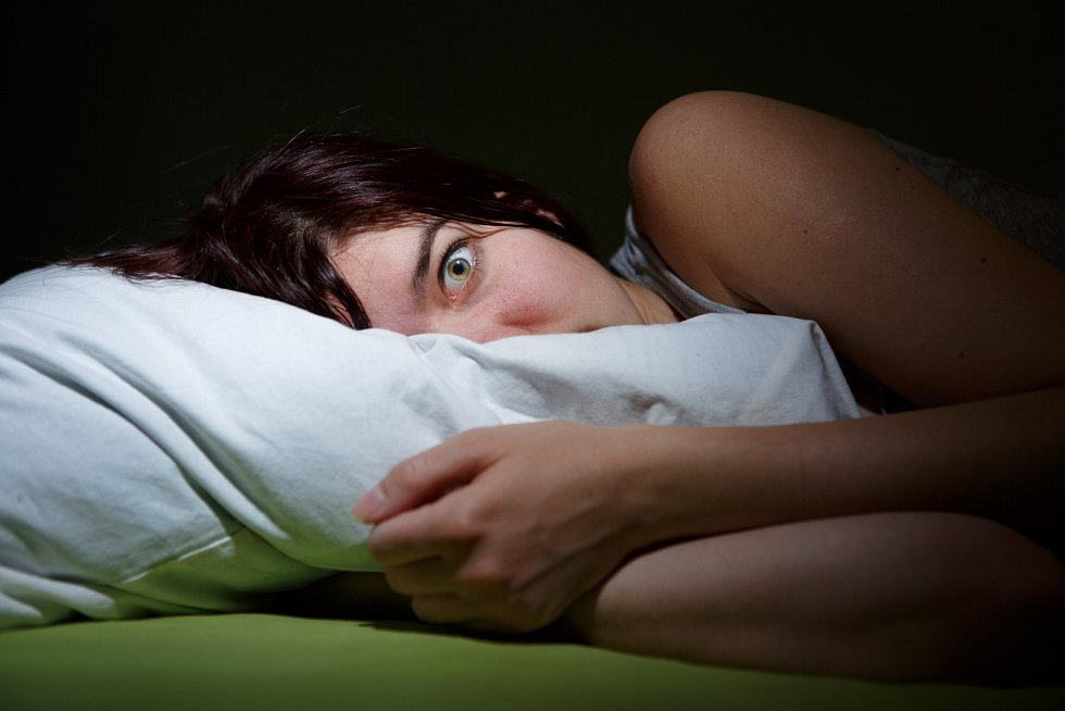 Pokud jsme přes den nešťastní, či dokonce vystresovaní, nahlodávají pocity naši mysl i v noci.