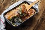zapečená makrela s kaší a jarní zeleninou