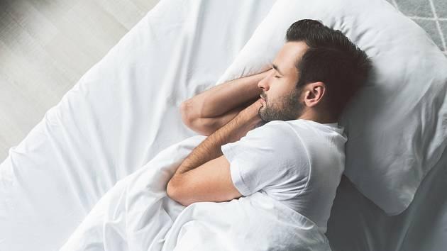 Imunitní systém výrazně zlepšuje vydatný spánek.