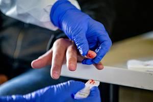 Testování na nemoc covid-19
