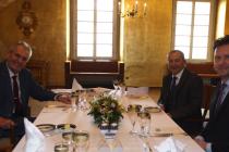 Prezident Miloš Zeman přivítal předsedu Senátu Jaroslava Kuberu a předsedu Poslanecké sněmovny Radka Vondráčka.