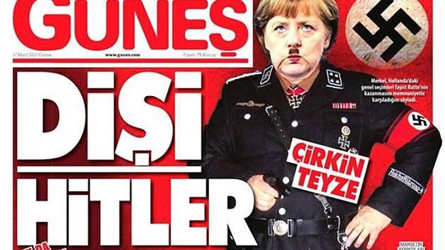 Turecký provládní list Güneş dnes zveřejnil na titulní straně fotomontáž zpodobňující německou kancléřku Angelu Merkelovou jako Adolfa Hitlera