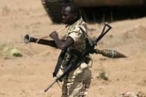 Konflikt v súdánském Dárfúru je považovaný za jeden z nejhorších na světě, hraničící s genocidou černošských farmářů. Někteří experti věří, že ho z části způsobil i nedostatek vody.
