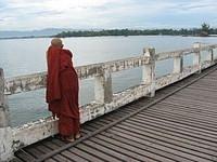 Barma - buddhistický mnich