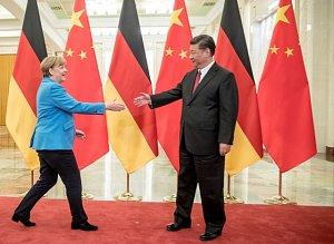 Angela Merkelová se Si Ťin-pchingem