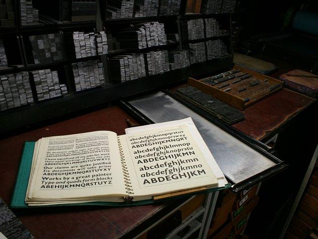 Tady se lijí písmena, kterými se pak tiskne.