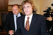 Bohumil Kulínský znovu stanul před královéhradeckým krajským senátem.