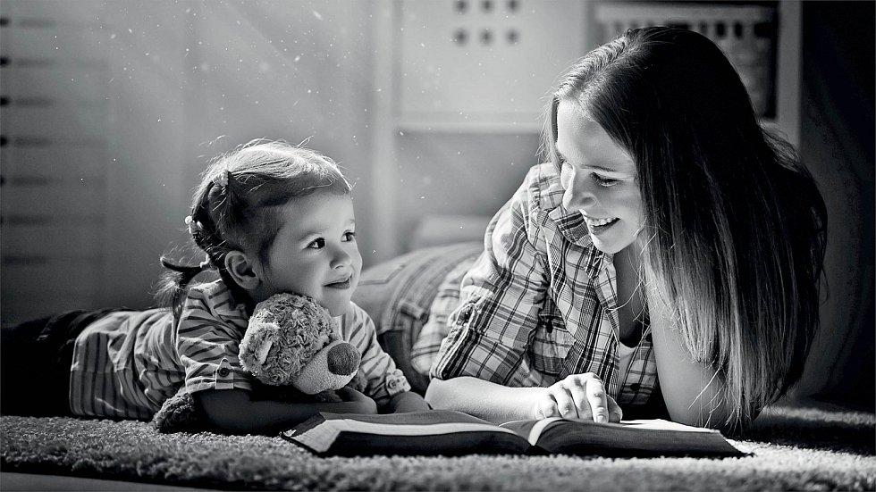 Pouze u klinického psychologa má rodič jistotu, že má dotyčný za sebou náročné vzdělání, přípravu pro výkon této profese a zkoušky.