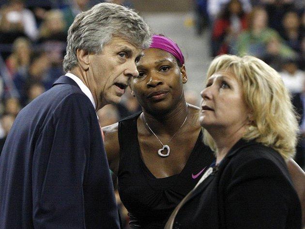 Naštvané Sereně Williamsové se nelíbily výroky rozhodčích.