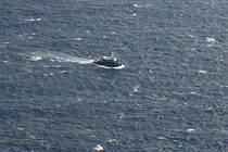 Ponorka pátrající po troskách jemenského airbusu, který se v úterý zřítil do Indického oceánu u Komorských ostrovů, údajně zachytila signály z černých skříněk letadla. Až je záchranáři vyloví, budeme vědět, co se přesně stalo.