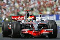 Bude Bruno Senna jednou tak úspěšný jako Lewis Hamilton?