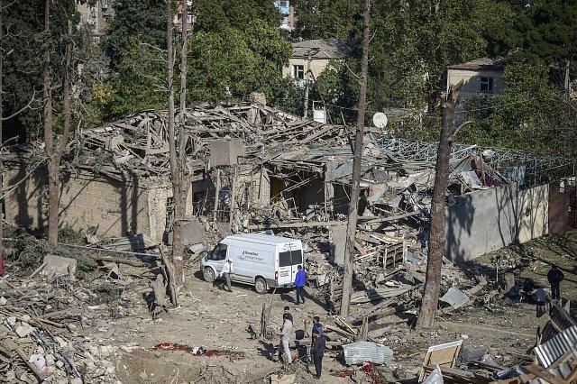 Zničené budovy po bojích o Náhorní Karabach.