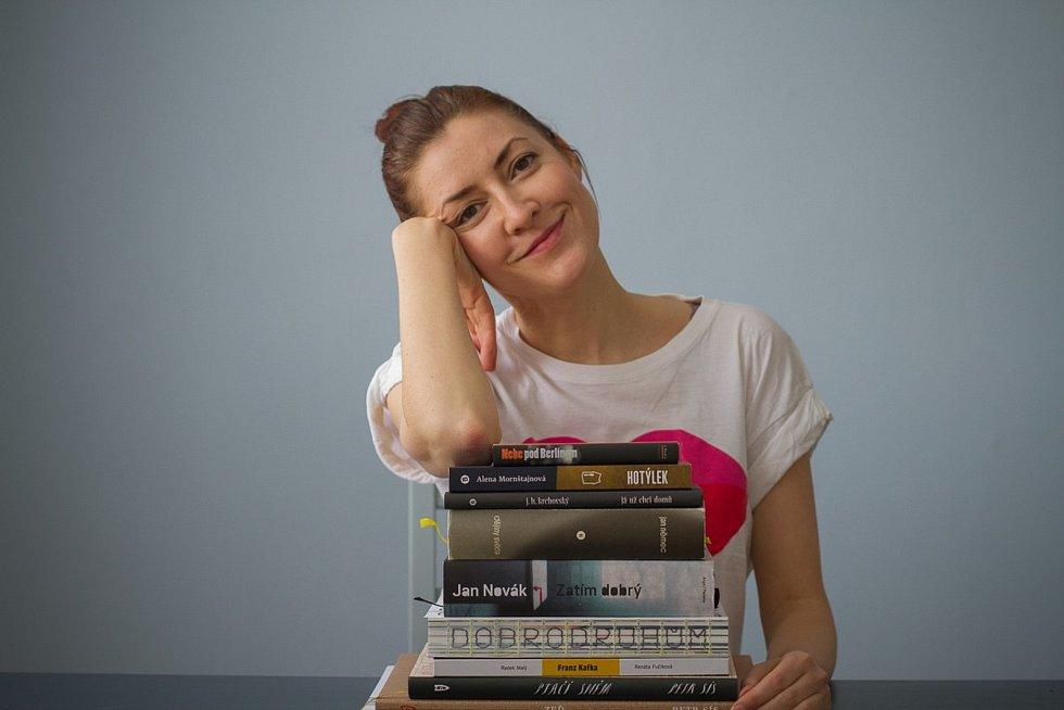 Co momentálně frčí v literatuře?