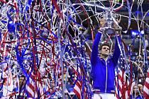 Novak Djokovič se raduje z triumfu na US Open.