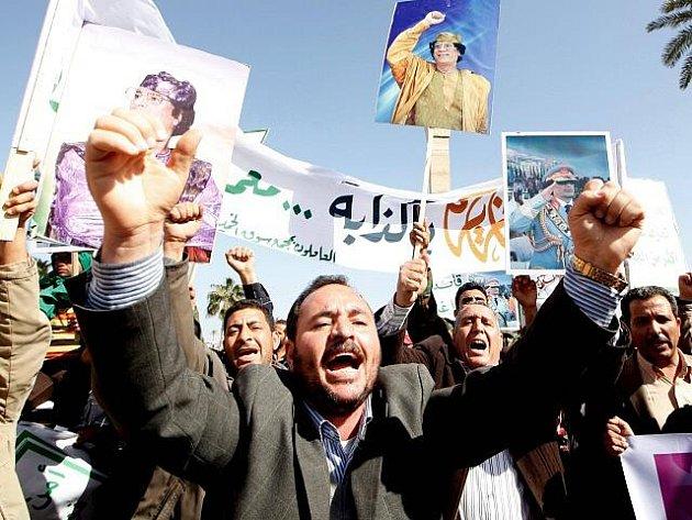 Nepokoje v Libyi - ilustrační foto.