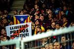 Fotbalový zápas skupiny F (liga mistrů), SK Slavia Praha - FC Barcelona, 23. října 2019 v Praze. Na snímku fanoušci FC Barcelona.